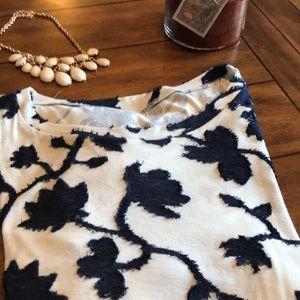 Ann Taylor Loft T Shirt Very Soft Like New SZ L